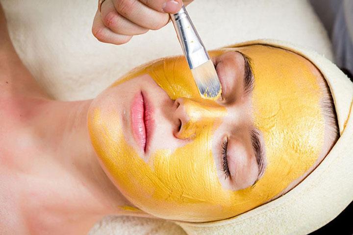 Mặt nạ nghệ mật ong - Mẹo làm trắng da cho các chị em phụ nữ