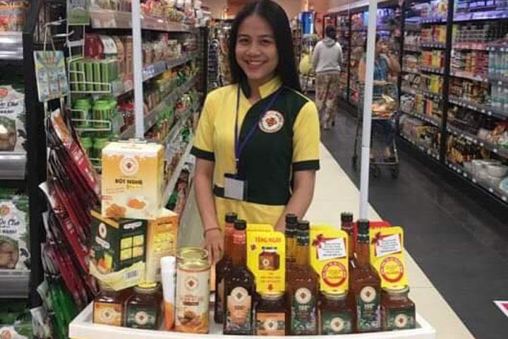 Hình ảnh PG cho dùng thử mật ong Honimore ở siêu thị